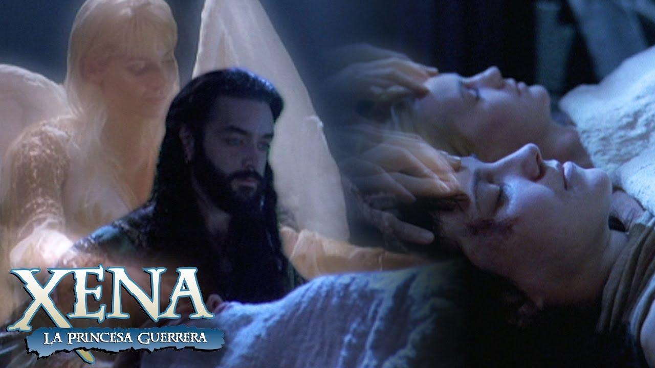 Eli resucita a Xena y Gabrielle con la ayuda de Calisto | Xena: La Princesa Guerrera