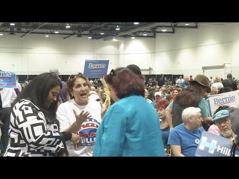 Thousands turn out for Clark County Democratic Convention