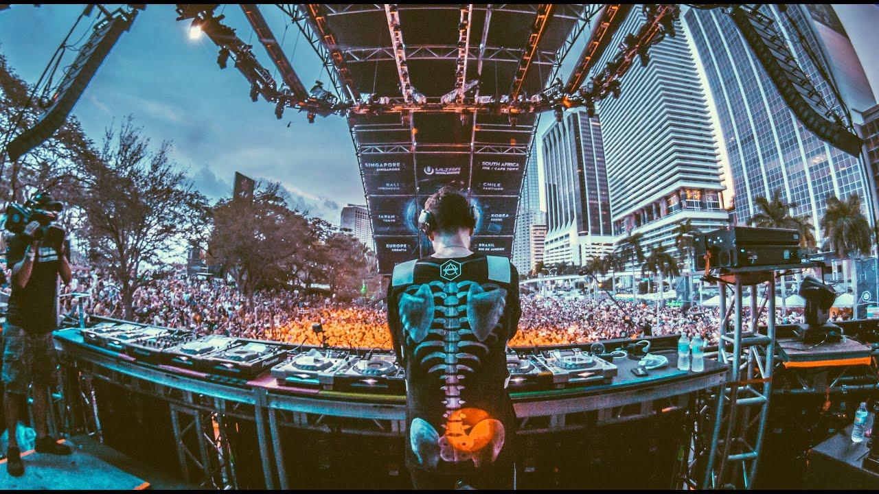Don Diablo live at Ultra Music Festival Miami 2016 - YouTube