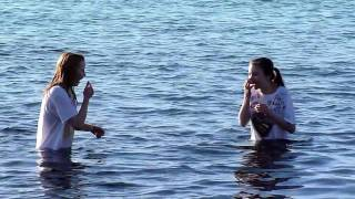 Video Polar Bear Swim 2011 Whiterock  --  Freaking out over the ice cube cold water download MP3, 3GP, MP4, WEBM, AVI, FLV September 2018