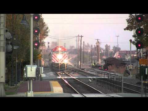 Metra 122 express through Bensenville