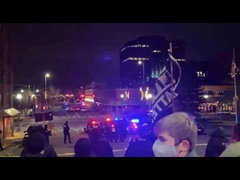 Seattle BLM showed up in Tacoma - kids yelling at Police to get out of town