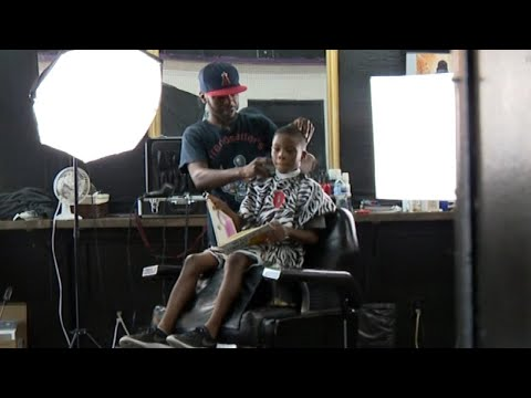 Jo Jo - Barber Has Kids Read Books With Haircut!