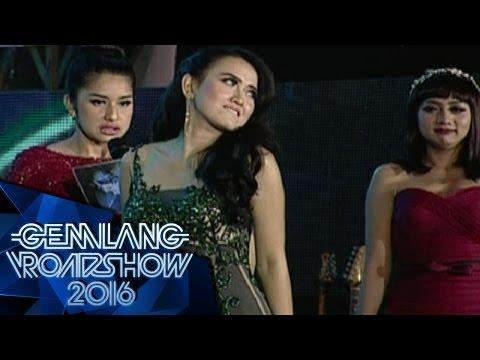 Goyang Karawang Sexy Megghi Diaz, Yati Primadona, 2 Putri Bahar - Gemilang Roadshow Karawang (7/5)