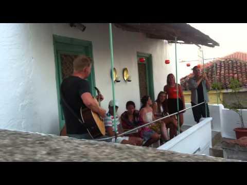 Sångvecka Skiathos  Jamsession på kvällen med Familjen Blad