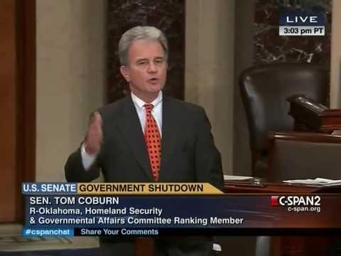 Tom Coburn Cuts Up Giant Credit Card on Senate Floor