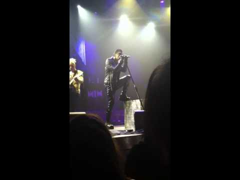 Motionless in White- Sinematic live (acoustic) @ club Nokia (November 27, 2013)