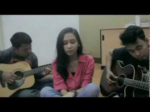 Auburn - Perfect Two (Tranquilla Acoustic Live Cover )