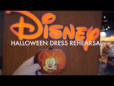 Halloween Dress Rehearsal Disney Store | #DisneyStoreHeroes | Main Street Citizens