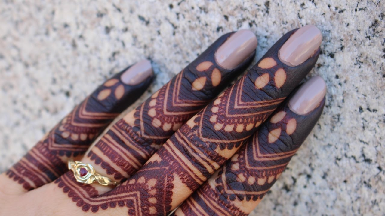 Intricate Mehndi Patterns : Intricate henna design for fingers by ckg youtube