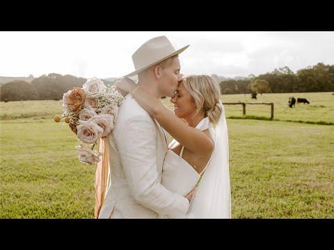 Our Wedding | Sarah & Kurt Tilse (& Foxy)