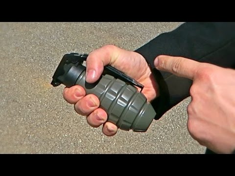 Thumbnail: Airsoft Sound Grenade Test