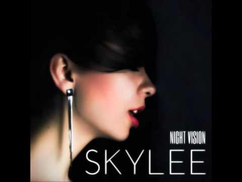Skylee - Digital Error (HD)