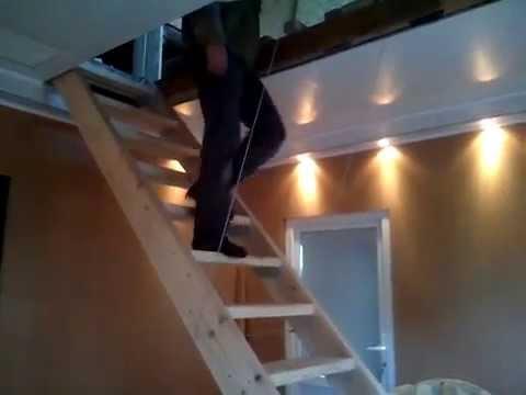 Складная подъемная лестница на чердак.