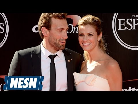 erin andrews confirms engagement to hockey player jarre