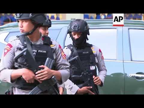 BANTEN SELATAN - Ekspedisi Indonesia Biru #04 from YouTube · Duration:  6 minutes 19 seconds