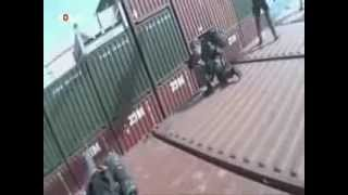 Dutch marines board a hijacked cargo ship (REAL FOOTAGE)