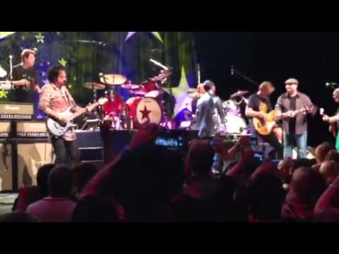 Ringo Starr I Get By With A Little Help From My Friends ACL