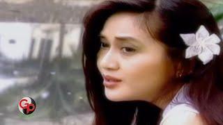 Download Paramitha Rusady - Nostalgia SMA (Official Music Video)