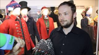 Stian Roland  er daglig leder for Norsk institutt for bunad og folkedrakt