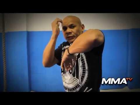 Francisco Veras - Video Aula - Cotovelada do Muay Thai