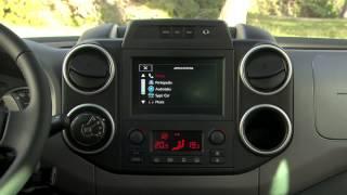 Nouveau Citroën Berlingo Multispace : Le Mirroring Screen(Dupliquer l'écran de votre smartphone sur l'écran tactile de votre Citroën ça vous dit ? Et bien une fonctionnalité que vous allez adoré à bord de votre Nouveau ..., 2015-08-06T10:24:55.000Z)