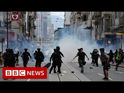 Hong Kong: US passes sanctions as nations condemn new law - BBC News