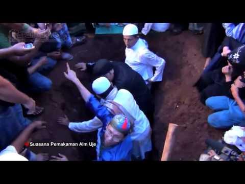Pemakaman Uje Diiringi Ribuan Jemaah