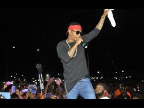 Watch Wizkid Live Performance In Kampala, Uganda.