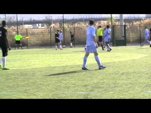 P.Montembaut - 21yo - N°10 Blue Jersey Captain - Defensive Midfielder - Bourse Foot USA