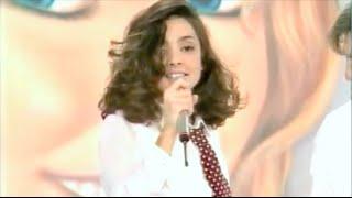 """Ambra angiolini ospite di pippo baudo a """"numero uno"""" canta """"t'appartengo"""".1994©framon"""