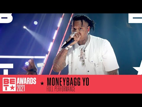 Moneybagg Yo Hypes The Crowd And Performs 'Time Today' & 'Wockesha'   BET Awards 2021