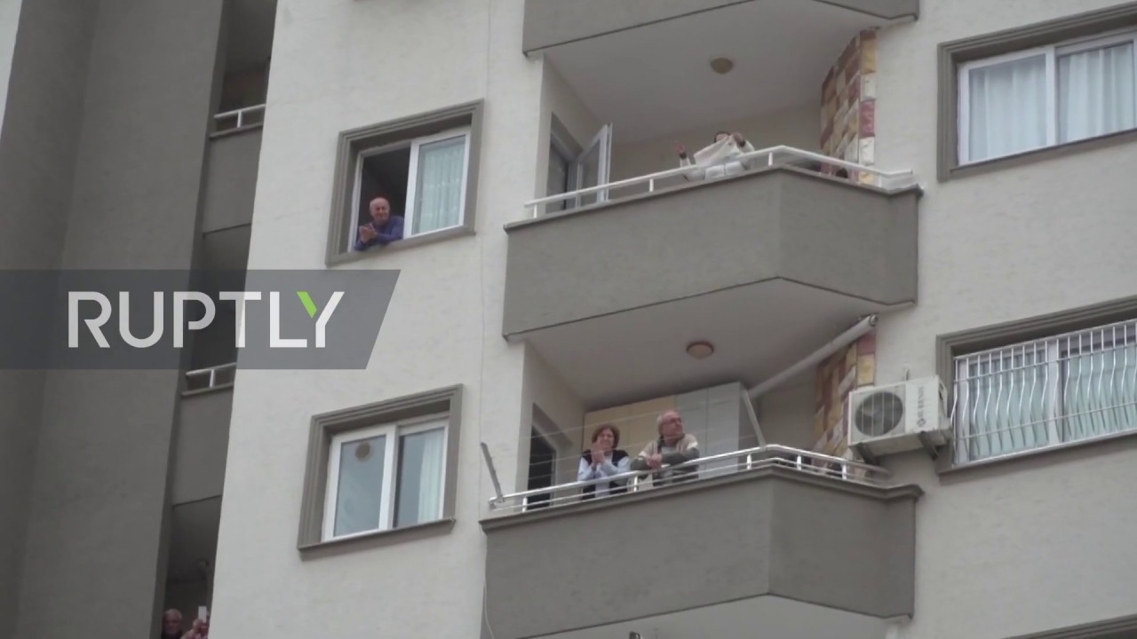 Turkey: Police band brings music to Adana residents stuck under lockdown