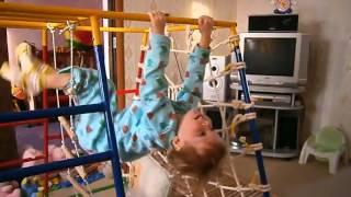Лестница верёвочная.flv(Лестница веревочная может быть использована детишками любых возрастов, и каждый ребенок найдет ей свое,..., 2012-09-02T16:11:39.000Z)