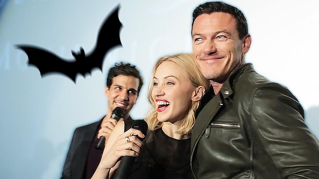 Dracula Untold Cast Bei Der Social Movie Night In Berlin Luke