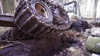 Forwarder Logset 6F stuck in mud