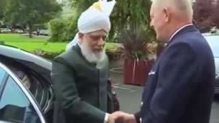 Khalifa of Islam Ahmadiyya visits Irish Parliament