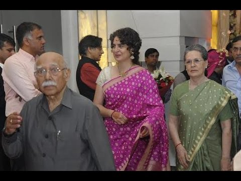 Sonia Gandhi family  At The wedding of  Monicka Vadra withTehseen Poonawalla