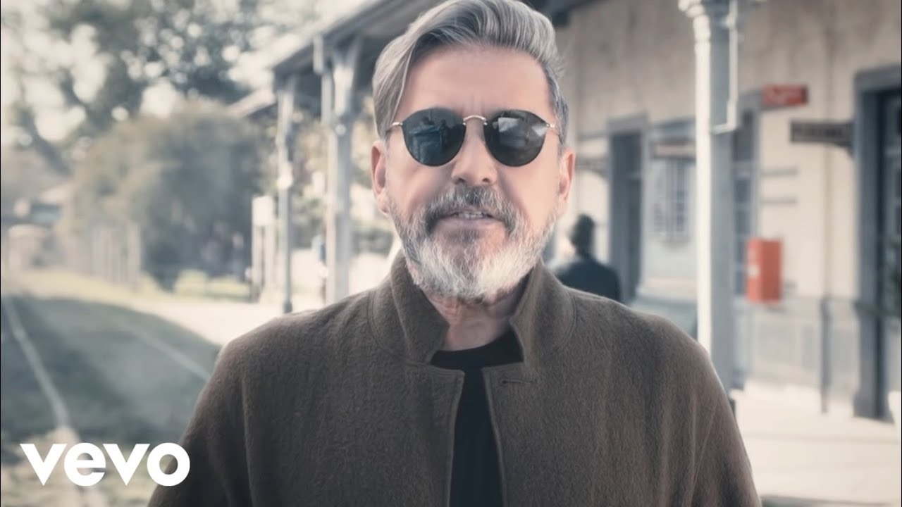 Ricardo Montaner - ¿Qué Vas a Hacer? (Official Video)