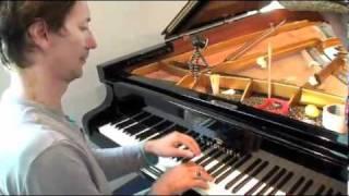 Mukketier TV, Folge 7: Das Klavier, Bauer Anton trifft Hauschka