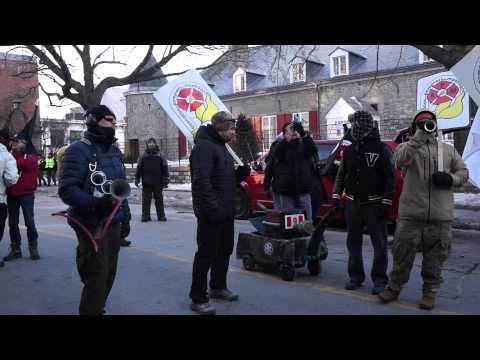 White Collar City Workers Protest Montreal City Hall March 23 2015 00057