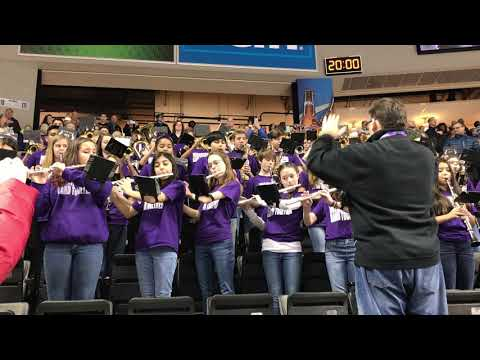 Brownstown Middle School performing the star spangled banner