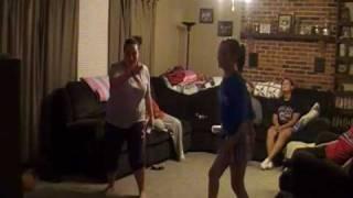 """Ashlyn vs. Jackie in """"Just Dance"""" wii"""
