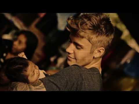 289b544209 Justin Bieber Jumps Off a Cliff in Hawaii 21 november 2013 - Justin ...