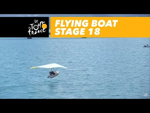 Flying boat on the lake - Stage 18 - Tour de France 2017
