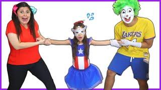 ANNY e CAIO se TRANSFORMAM em SUPER HERÓIS e MONSTRO! Kids pretend play princess and monster!