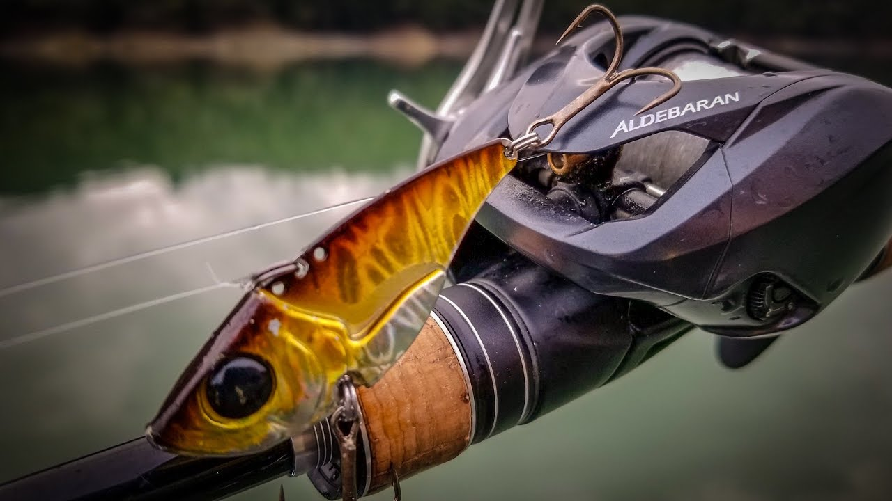 Blade Baits The Easy Way To Catch Winter Bass Youtube