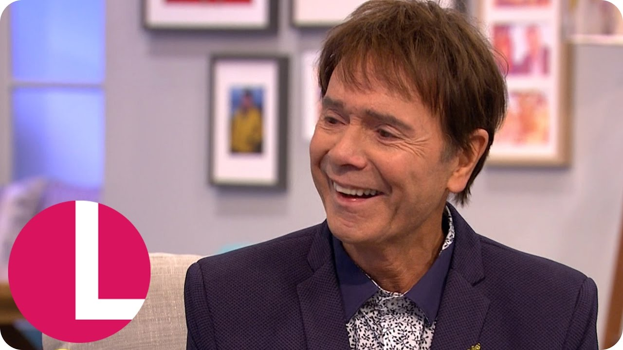 sir cliff richard fulfills a lifelong dream to duet elvis sir cliff richard fulfills a lifelong dream to duet elvis loirraine