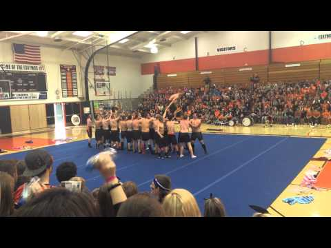 Senior Boys Cheer - EHS Homecoming 2014