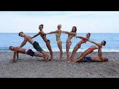 Creative Group Photo Ideas For Holidays